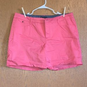 18 coral shorts by Lee